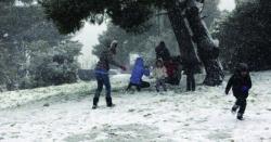 سوموار کو ایتھنز میں شدید برف باری کا امکان
