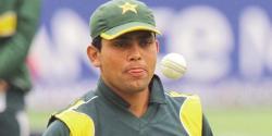 محمد عامر نے نوجوان کرکٹرز کیلئے اچھی مثال نہیں چھوڑی : کامران اکمل