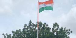 پاکستانی کرکٹرشعیب ملک کی اہلیہ ثانیہ مرزا کو بھارتی پرچم لہرانے کی تصویر شیئر کر نا مہنگی پڑ گئی