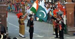 پاک بھارت کشیدگی؛ واہگہ بارڈر پر پرچم اتارنے کی تقریب دیکھنے والوں میں اضافہ