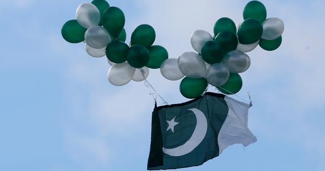 پاکستانی پرچم والے غبارے نے بھارتی انٹیلی جنس کی دوڑیں لگوا دیں