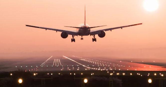 لندن سے لاہور آنے والی پرواز حادثے کا شکار ، طیارے میں 342مسافر سوار تھے