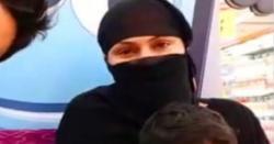 وینا ملک شوبز خواتین کو دوپٹے پہنانے کےلئے میدان میں آگئیں