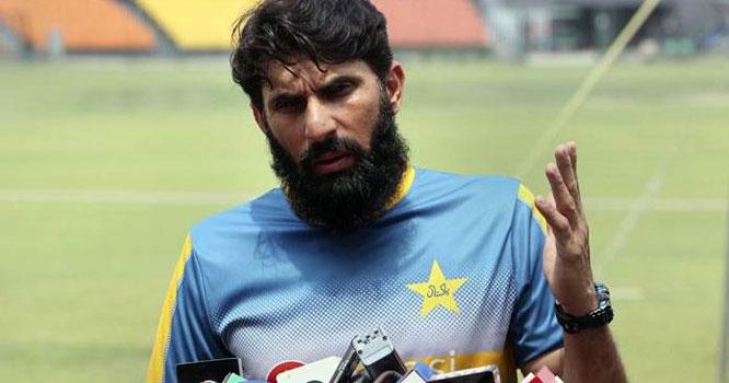 پاکستان کرکٹ بورڈ نے سابق ٹیسٹ کپتان مصباح الحق کو ہیڈ کوچ اور چیف سلیکٹر تعینات کر دیا