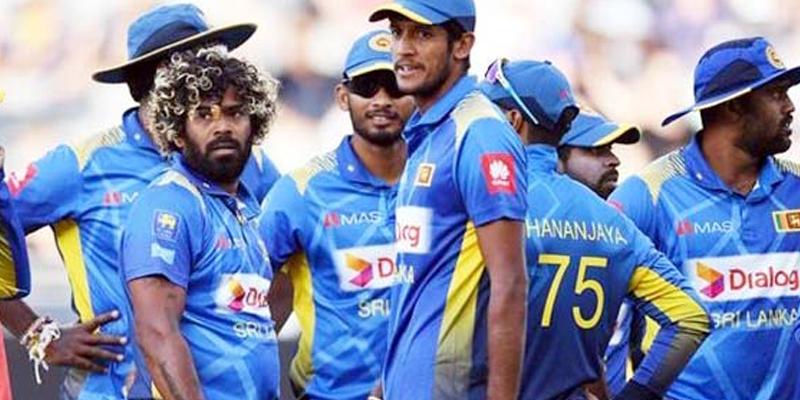 سری لنکا کے کرکٹرز نے دورہ پاکستان کے عین موقع پر دغا دے دیا، کئی نامور کھلاڑیوں کا آنے سے صاف انکار، اپنے بورڈ چیف کو بھی کورا جواب