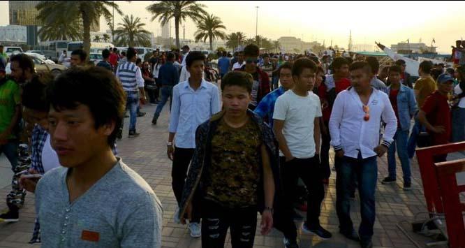 روشن مستقبل کی تلاش میں قطر آنے والے ہزاروں تارکین وطن فاقوں پر مجبور