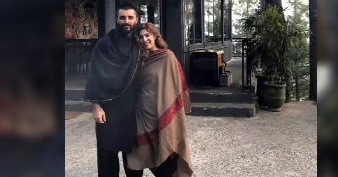 حمزہ علی عباسی کی اہلیہ نے ان کی گٹار بجاتے ہوئے ویڈیو وائرل  کردی