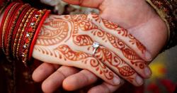 پاکستانی دولہے نے شادی کی پہلی رات اپنی اوردلہن  کی تصویربناکرآئی سی سی کوبھیج دی ،پھرکیاہوا،جانیں
