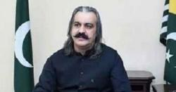سینیٹ  اجلاس: مسئلہ کشمیر پر بحث کے دوران حکومتی وزراء  غائب