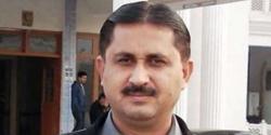 ''مولانا فضل الرحمٰن کے دھرنے میں شرکت پر انتقامی کاروائی '' سابق رکن اسمبلی کے گھر پر چھاپہ ، جانتے ہیں کسے گرفتار کر لیا ؟