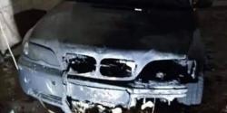 نابلس میں یہودی آبادکاروں کا فلسطینیوں کے گھروں پر حملہ ، گاڑیاں جلا ڈالیں
