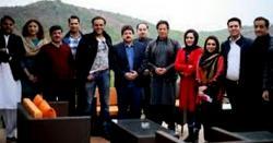 وزیر اعظم عمران خان نے کس سینئر صحافی کو یہ آفر کی ، پاکستانی بھی جان کر دنگ رہ جائیں گے