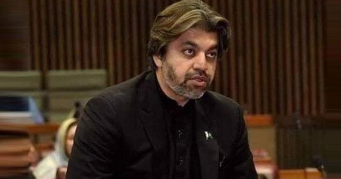 پاکستانی موبائل صارفین کو ہر صبح یہ ایک میسج بھیجا جائے، وزیر مملکت علی محمد خان نے کیا اعلان کر دیا