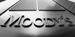 عالمی ریٹنگز ایجنسی موڈیز نے پانچ پاکستانی بینکوں کا آئوٹ لک مستحکم کر دیاہے