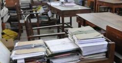 5 وزارتوں کے ایک سے 19 گریڈ تک کے ملازمین کی تنخواہوں میں اضافے کی سمری وزیراعظم کو بھجوا دی گئی