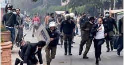پی آئی سی واقعہ؛ پولیس کا وکلا کو روکنے کی کوشش ہی نہ کرنے کا انکشاف