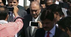 پاکستانی سیاست میں تبدیلی لانے کافیصلہ ہوگیا زرداری نے کراچی پہنچتے ہی پہلافون کسے گھمادیا،جانیں