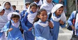 کورونا وائرس سے نمٹنے کیلئے حکومت الرٹ، تعلیمی اداروں کو بند نہ کرنے کا فیصلہ