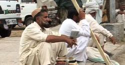 وزیراعظم عمران خان نے بے روزگارمزدوروں کیلئے نوکریوں کے دروازے کھول دیئے