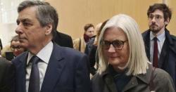 عدالت کا بڑا فیصلہ، جعل سازی کے الزام  میں سابق وزیراعظم اور ان کی اہلیہ کو قید کی سزا سنادی