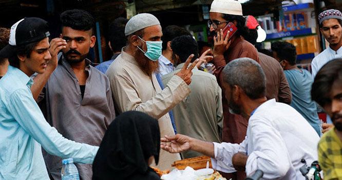 پاکستان میں کورونا کو کنٹرول کرنے میں کتنے سال لگیں گے؟ رپورٹ نےتمام خوش فہمیاں دور کر دی
