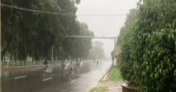 بارش سے پہلے شدید حبس اور گرمی کون کون سےشہر جل رہے ہیں؟آج کس وقت تک بارش کا امکان ہے؟