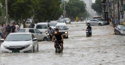 پاکستان میں مون سون کی شدید بارشیں ۔۔۔ 400افراد کی اموات،103بچے،65خواتین 232مرد شامل ، اتنہائی افسوسناک خبر