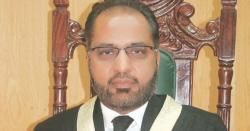 سابق جج شوکت عزیز صدیقی کی حکومت کو نوٹس بھجوانےکی استدعا مسترد