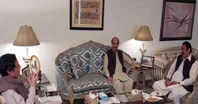 لیگی رکن مظہر علی رانجھا ساتھیوں سمیت مسلم لیگ(ق)میں شامل