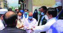 ایڈیشنل ڈپٹی کمشنرراجہ فاروق اکرم کاکوٹلی شہرکے اندر حکومتی ایس او پیز پر عملدرآمد کی نسبت شہر کے مختلف ایریازکادورہ