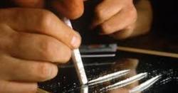 منشیات کااستعمال ، لڑکیاں لڑکوں پربازی لے گئیں