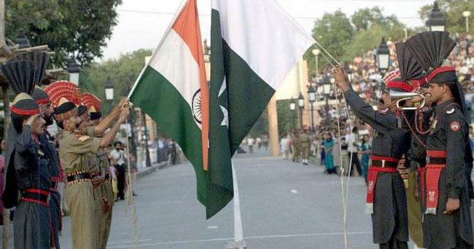 پاکستان اور انڈیا کے درمیان سوشل میڈیا جنگ چھڑ گئی،ریڈی فار وارٹاپ ٹرینڈ بن گیا، کیا ہونے والا ہے ؟ جانیں