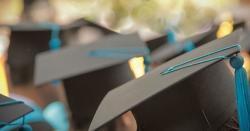 طلبا کچھ سمجھ نہ پائے ۔۔۔ امتحانات کے حوالے سے ایچ ای سی کا فیصلہ آگیا ، آن لائن امتحانات کا فیصلہ جامعات پرچھوڑ دیا