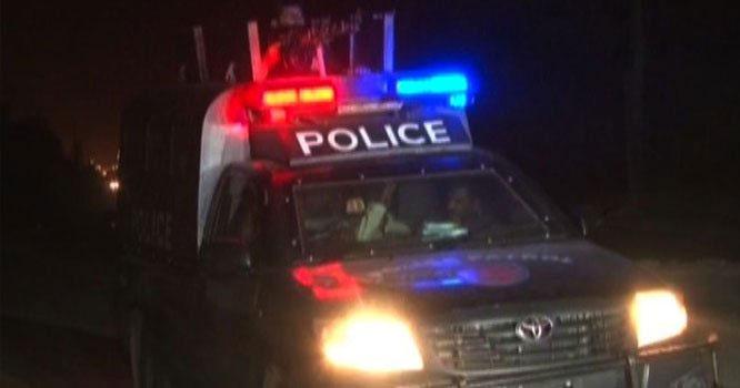 ملک کے مختلف شہروں میں ڈکیتی کی وارداتیں کرنے والا ڈکیت گروہ کراچی سے  گرفتار