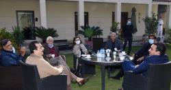 شیری رحمن ،پرویز اشرف اور قمر زمان نے استعفے مولانا فضل الرحمن کو بھجوا دیئے