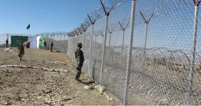 پاک فوج نے پناہ لینے والے پانچ افغان فوجیوں کی ویڈیو جاری کردی