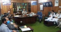 استور:ڈپٹی کمشنر لائن ڈیپارٹمنٹ کے سربراہان پر برس پڑے